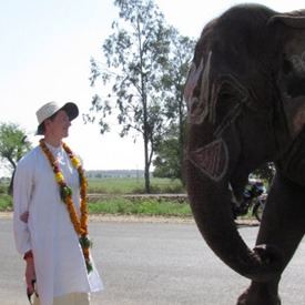 asher-fergusson-with-elephant-in-india